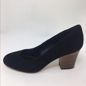 Isola Suede Stacked Heels Size 9 New